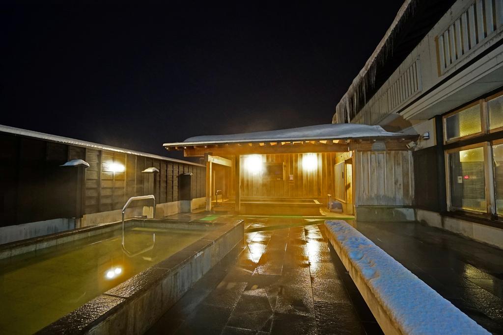 三笠天然温泉 太古の湯 露天風呂