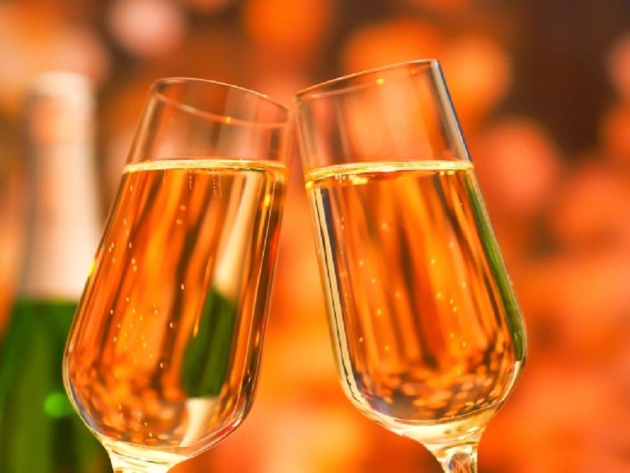 お部屋にスパークリングワインをご用意♪(写真はイメージです)