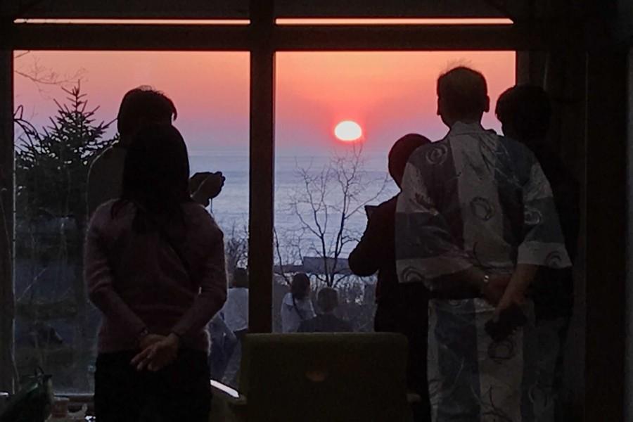 ラウンジ茜から望む夕陽