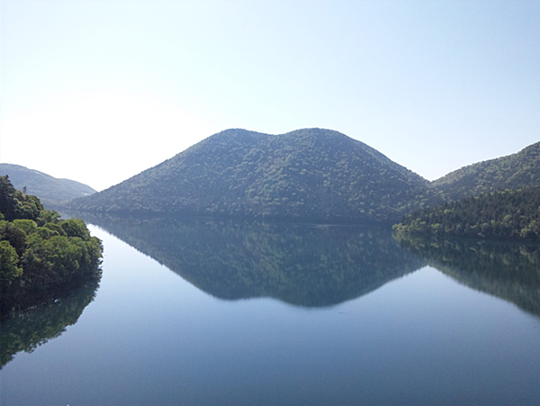 然別湖の春