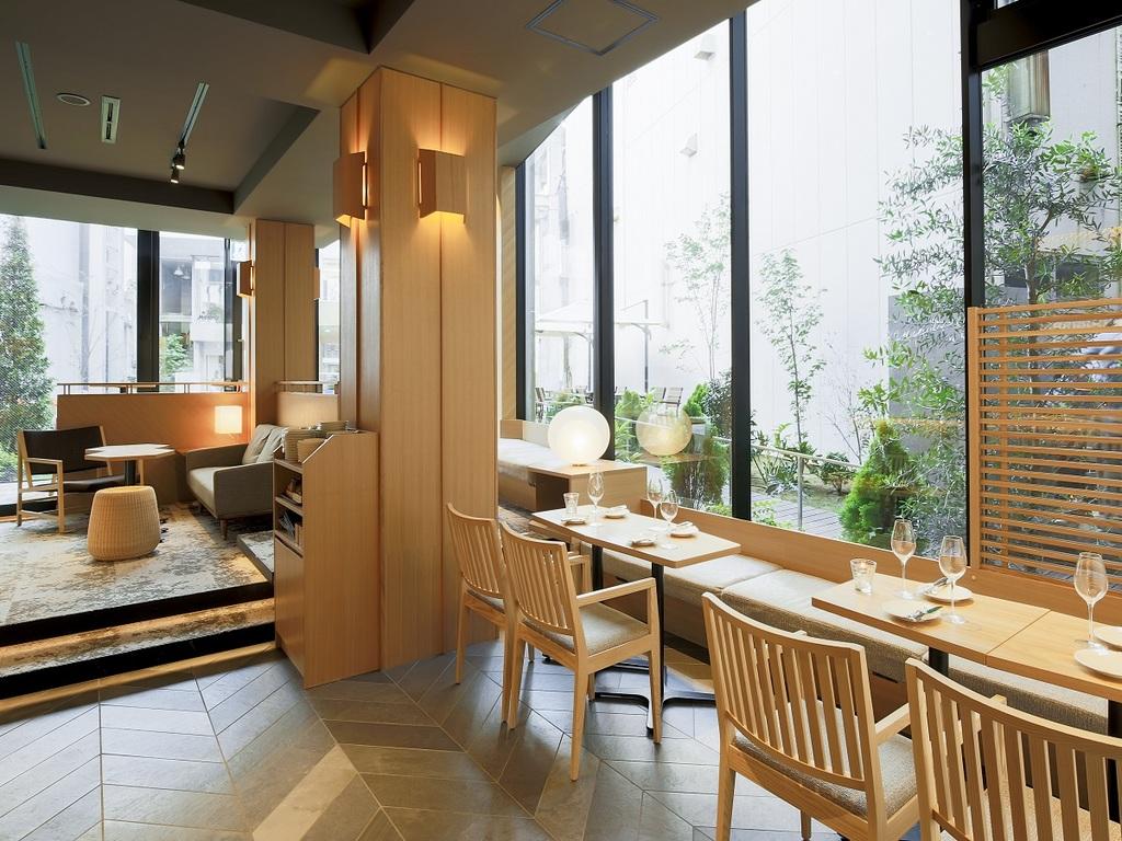 Kanazawa Music Bar, lounge & lobby