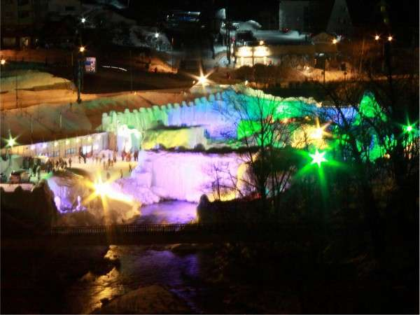【氷瀑まつり】冬の一大イベント『層雲峡氷瀑まつり』毎年1月〜3月まで開催(写真は以前のものです)