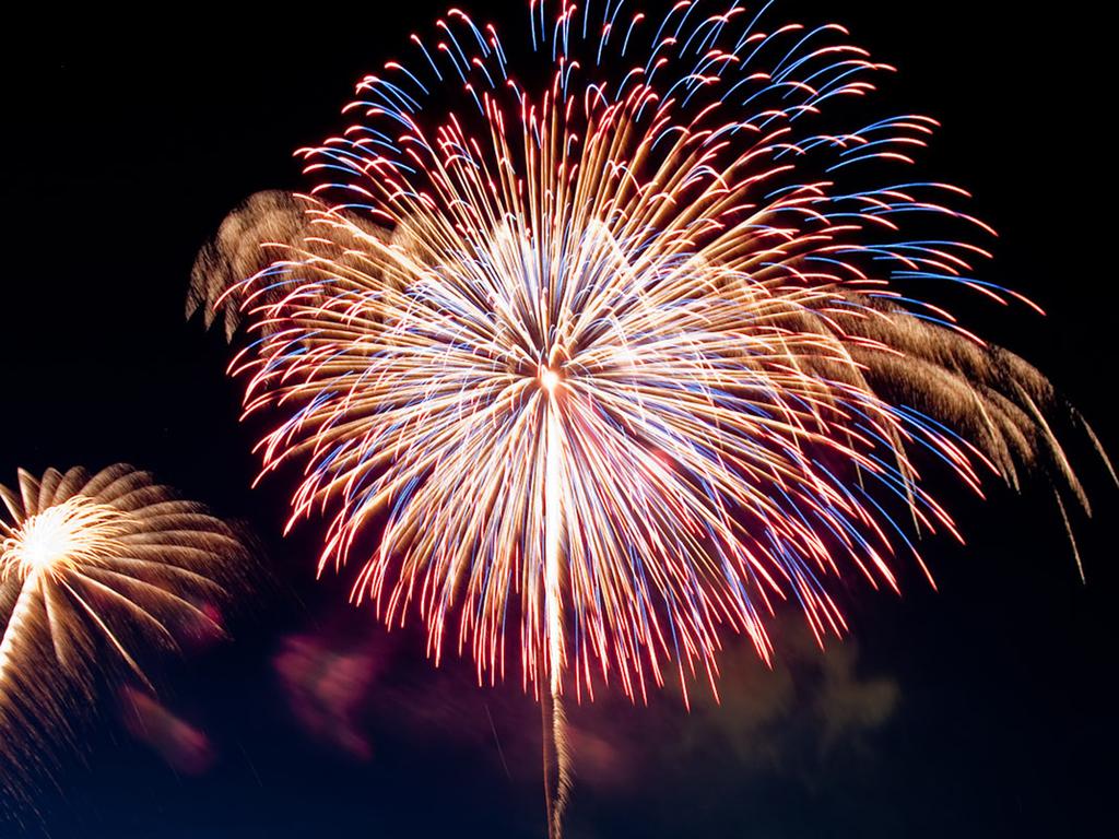 【層雲峡峡谷火祭り】響き渡る花火の音は大迫力です!