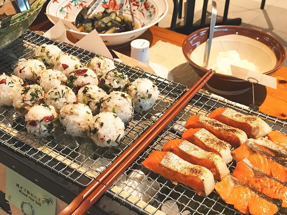 朝食(京のおばんざい)