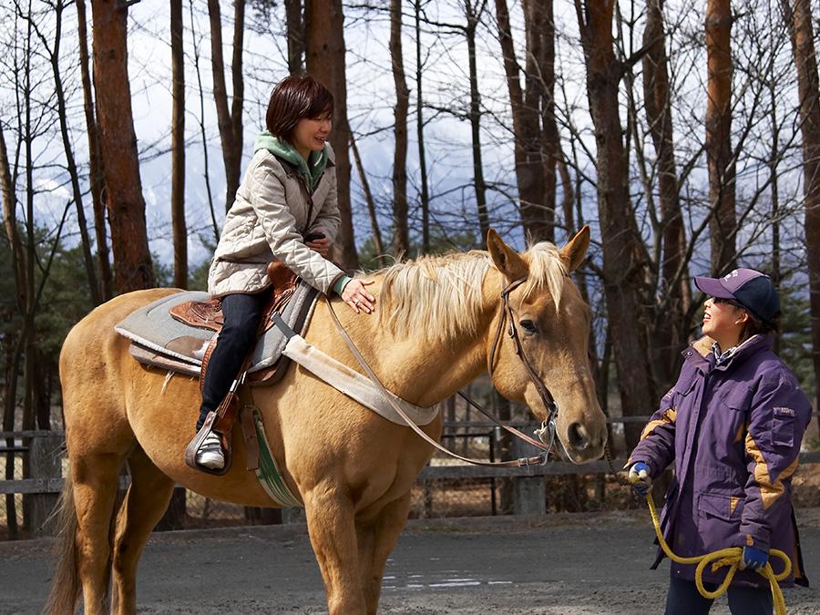 ララミー牧場で30分間の乗馬体験