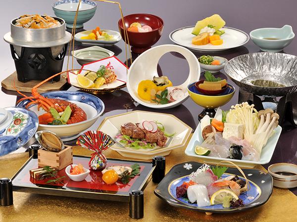 ご夕食は、年末年始特別お料理《寿会席》