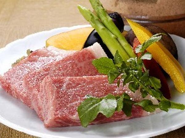 あっさりとした中にも甘みのある、柔らかいお肉