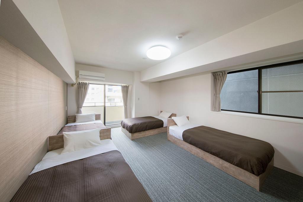 4人部屋 シングルベッド4台(昼)