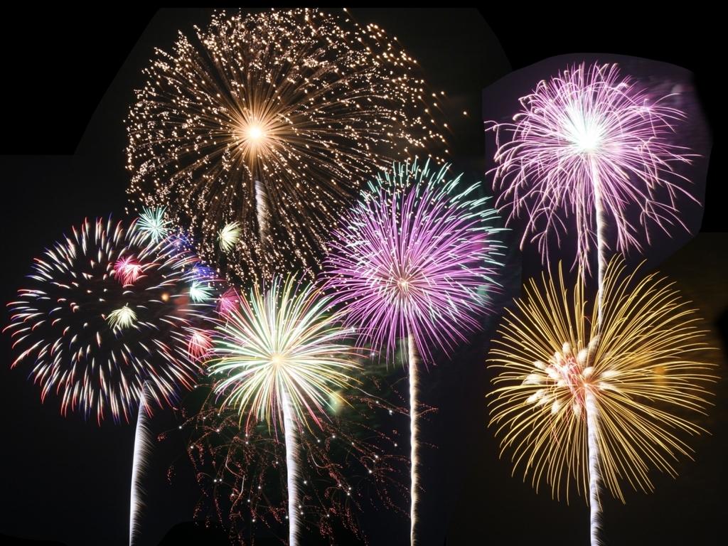 洞爺湖ロングラン花火大会♪約半年間毎日!約20分間、様々な花火をお楽しみいただけます!