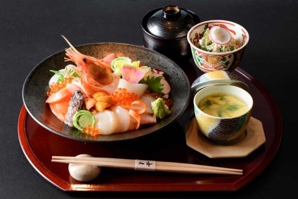 美味海鮮丼セット
