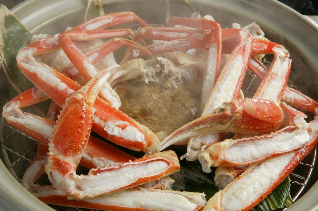 【季節限定料理】蟹温泉蒸し