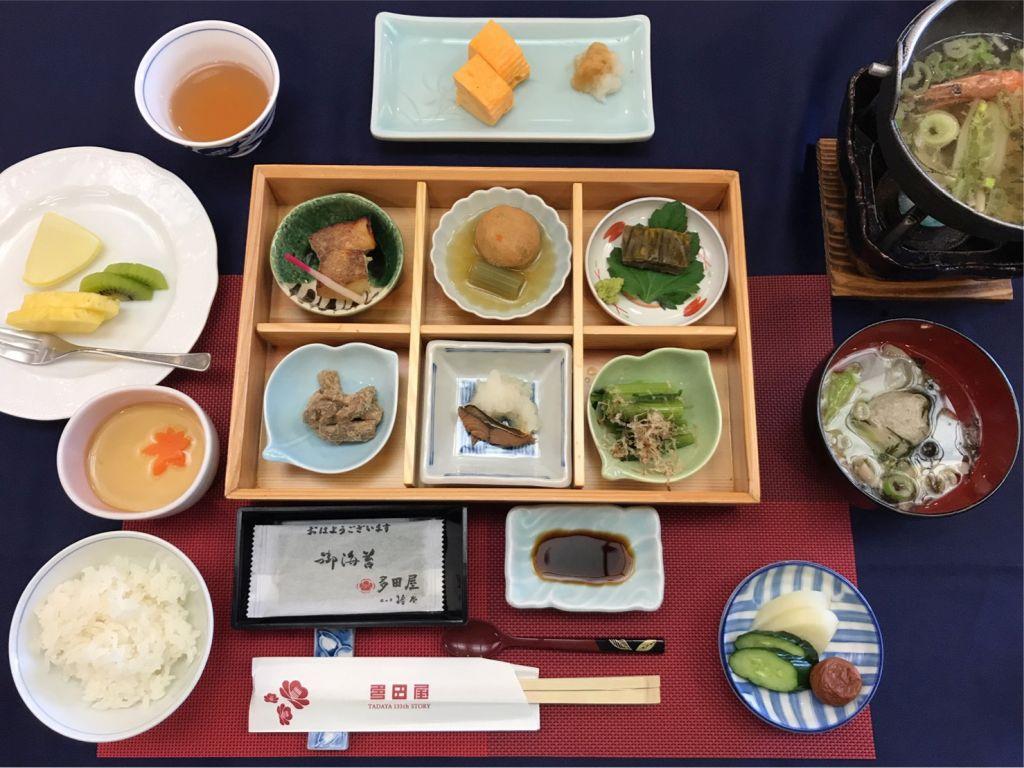 朝食(利久・抱月客室)