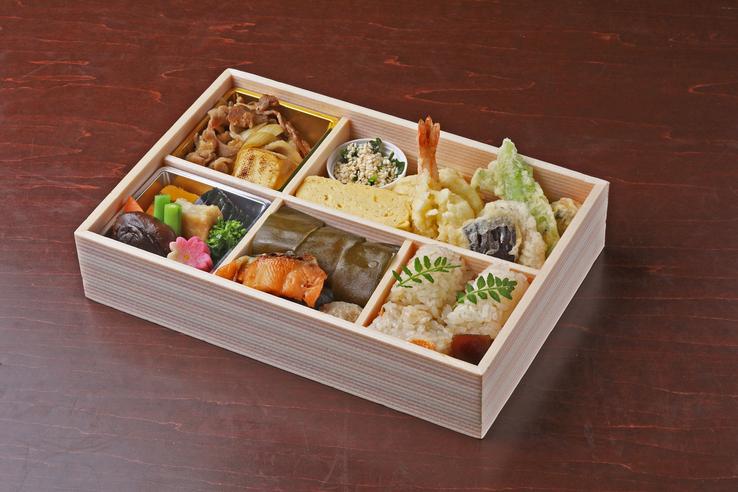 日本料理おばな特製お弁当『竹』