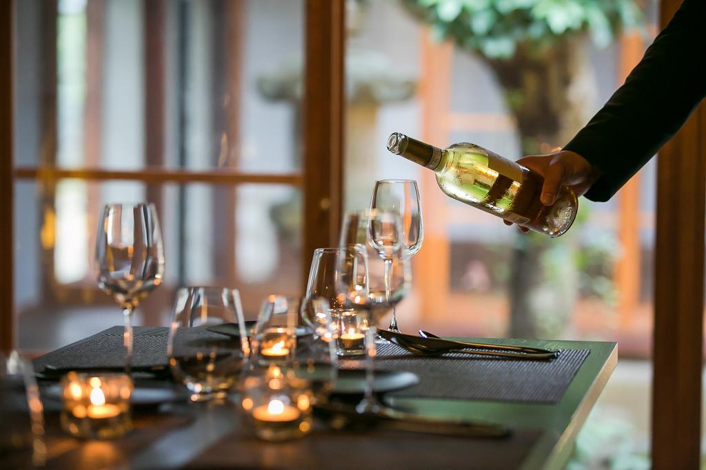 お料理と相性抜群のワインや地元銘酒も多数ご用意しております。