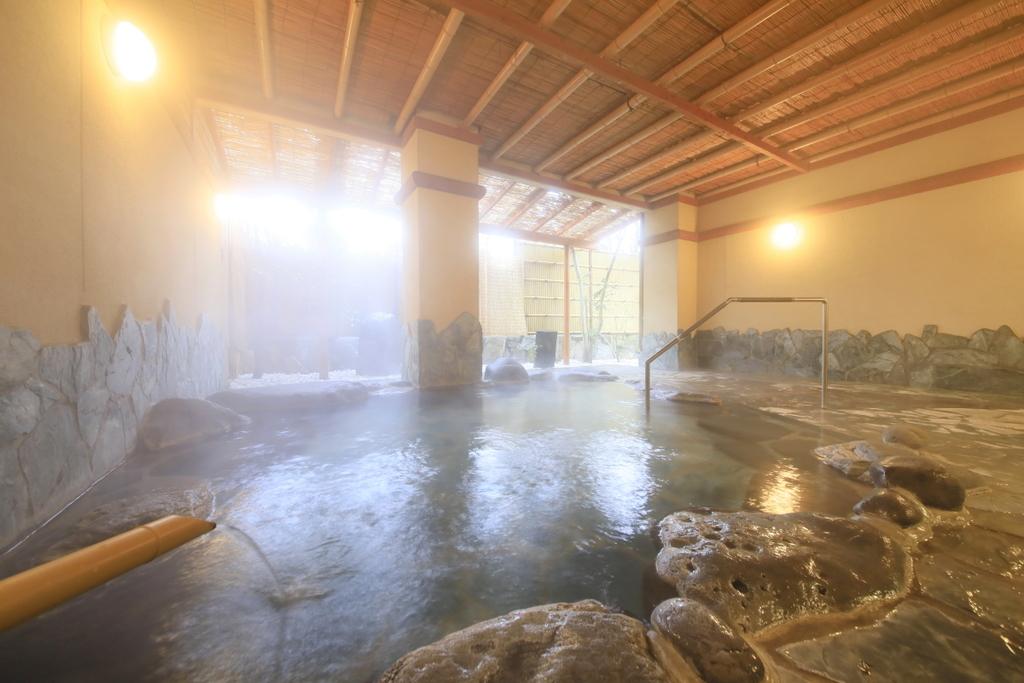 清流の湯-露天風呂