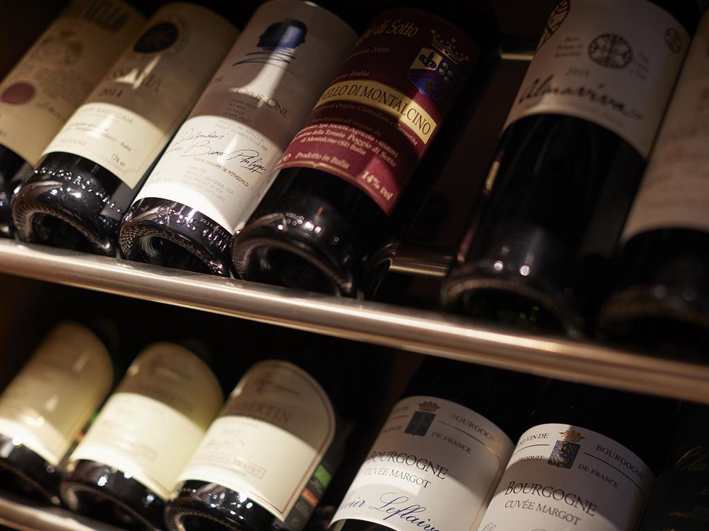 多彩なワインをご用意