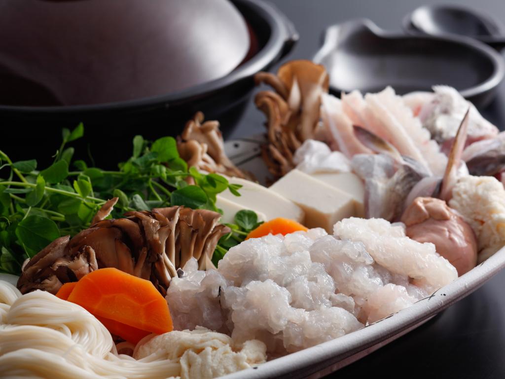 本場・沼島の鱧を丸ごと味わい尽くす鱧すき鍋コース(夕食イメージ)