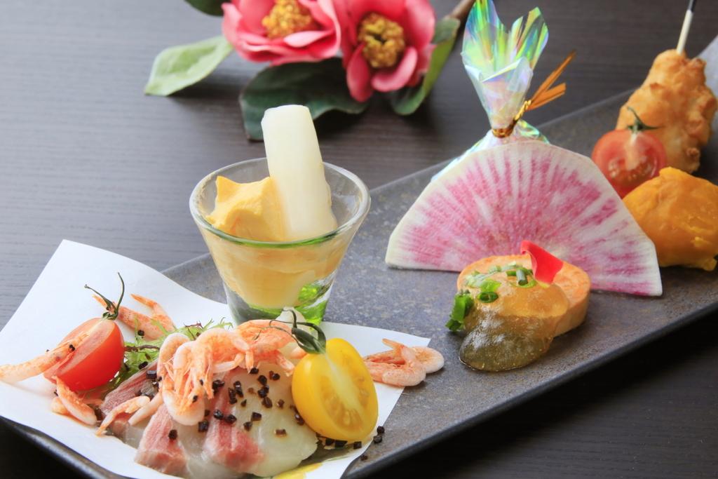 和と洋を一皿で愉しむ冬の前菜〜雅〜