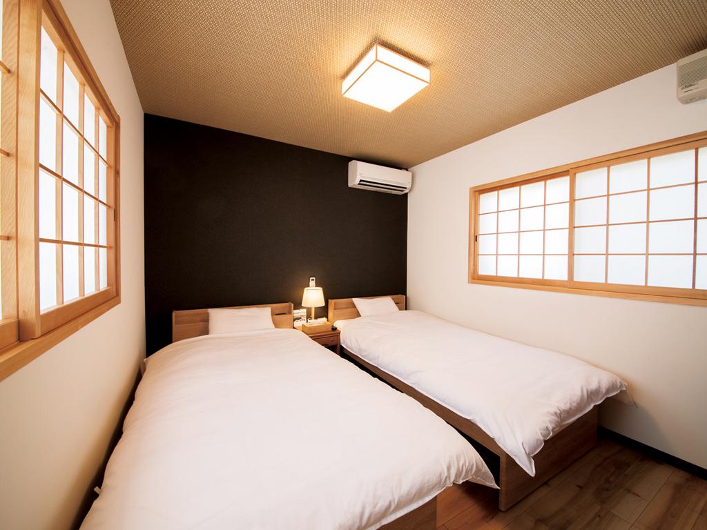 畳ベッドのツインルーム