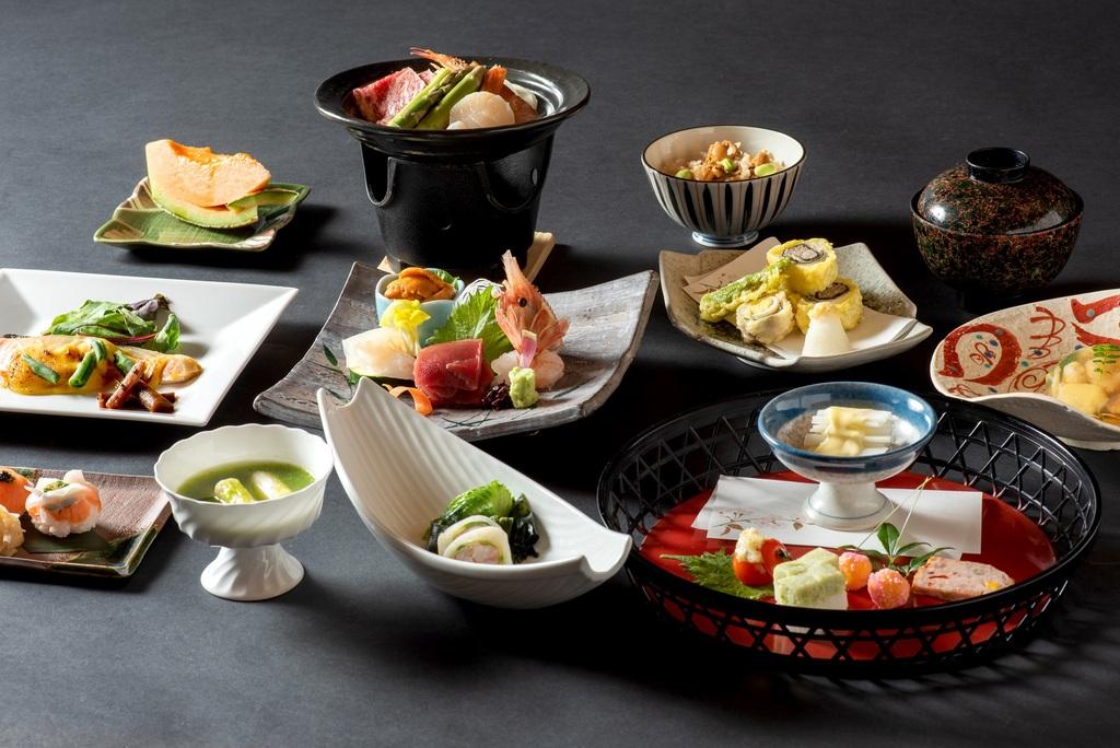 2020年6・7・8月特別和食会席膳  由仁の夏を堪能できる旬な食材を使用