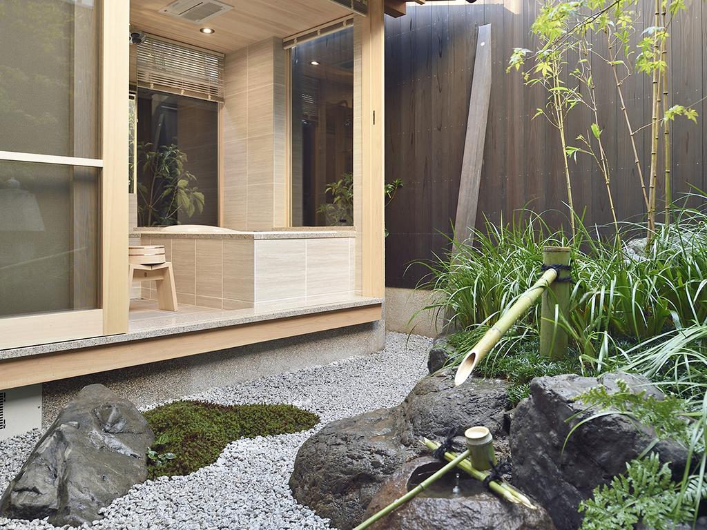 庭を眺められるお風呂