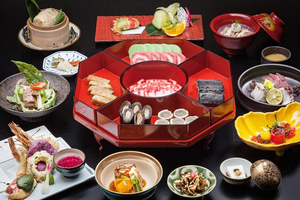 「琉球 Loo-Choo」にて琉中コースをご用意いたします。