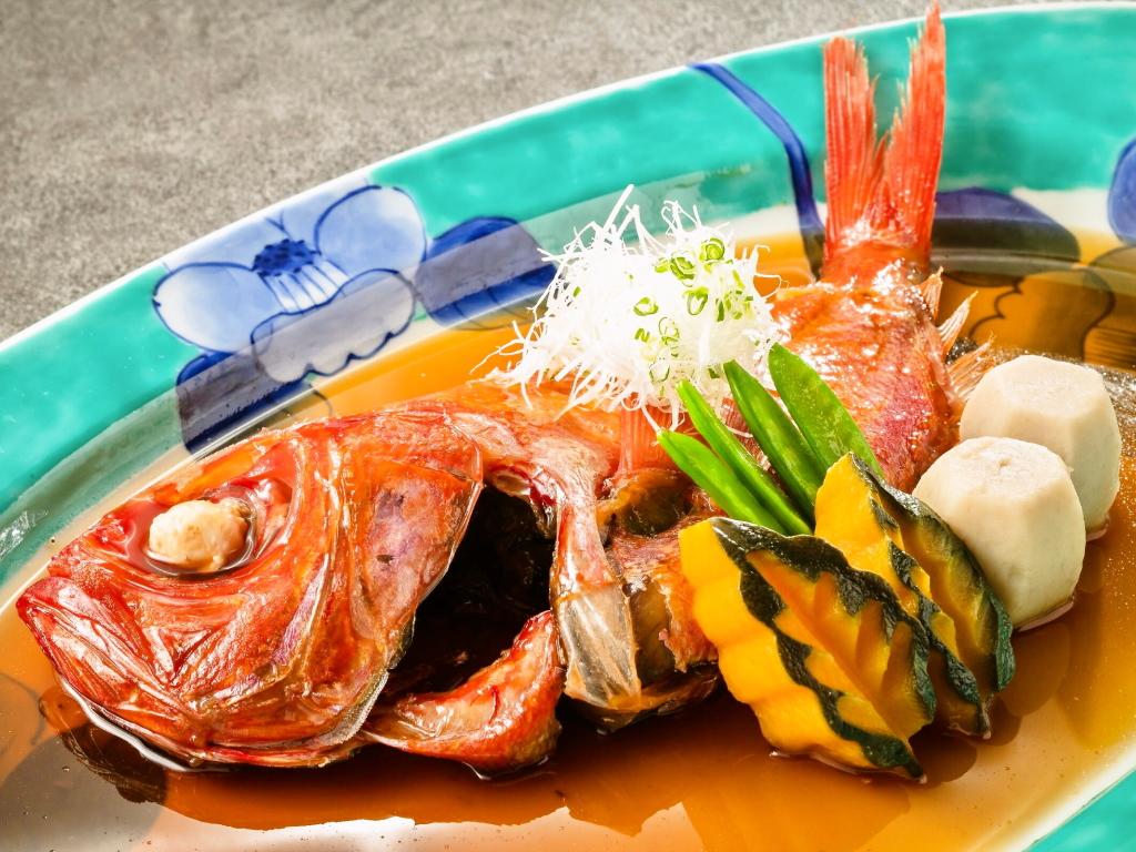【ひとり旅プラン特典】金目鯛を丸々1尾を「姿煮」で!