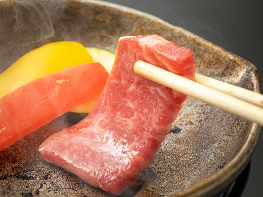 ■黒牛のミニステーキ■お肉はシンプルに焼いたものが美味!お好みの焼き加減でお召し上がりいただけます