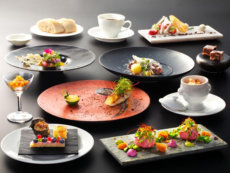 【California Table-RIDGE】ご夕食イメージ〜丁寧に盛り付けられたお料理の数々は、宝石箱のよう