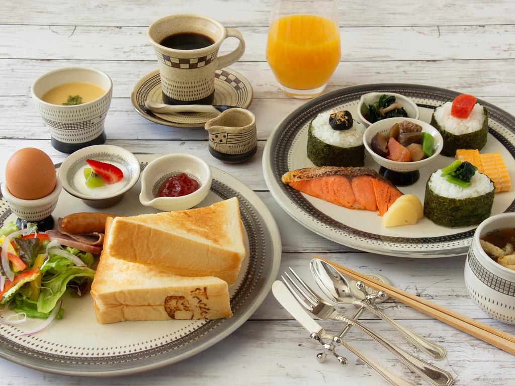 ホテルカフェの朝食プレート(和食 or 洋食)
