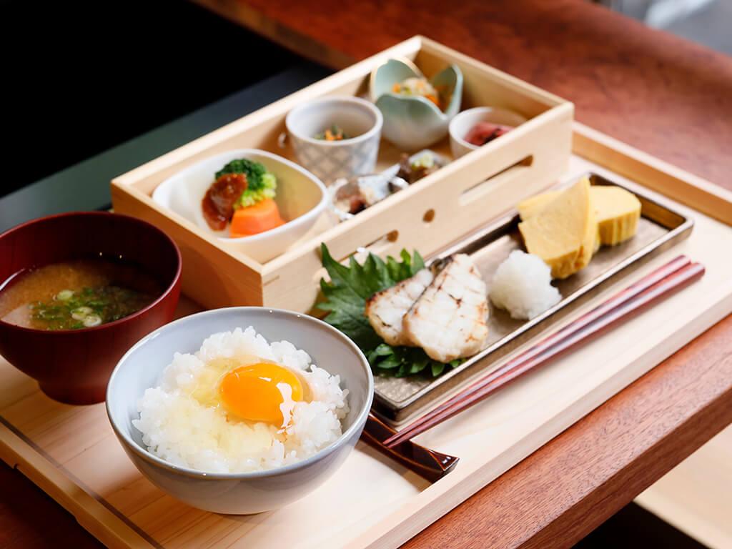 天美卵たまごかけご飯朝食セット
