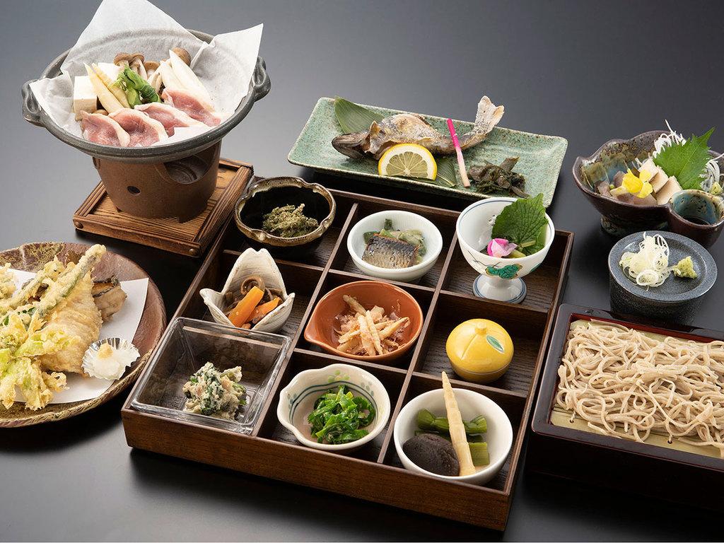 【夕食一例】利賀グルメ
