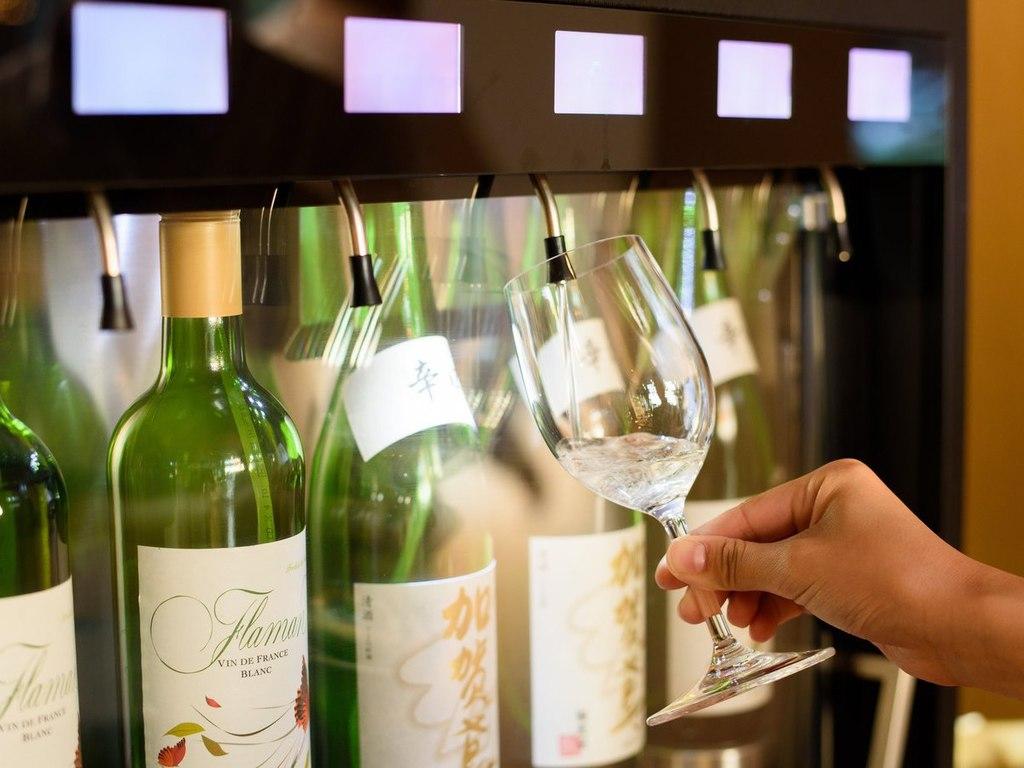 ワイン・地酒サーバー※お酒の銘柄は変わることがございます
