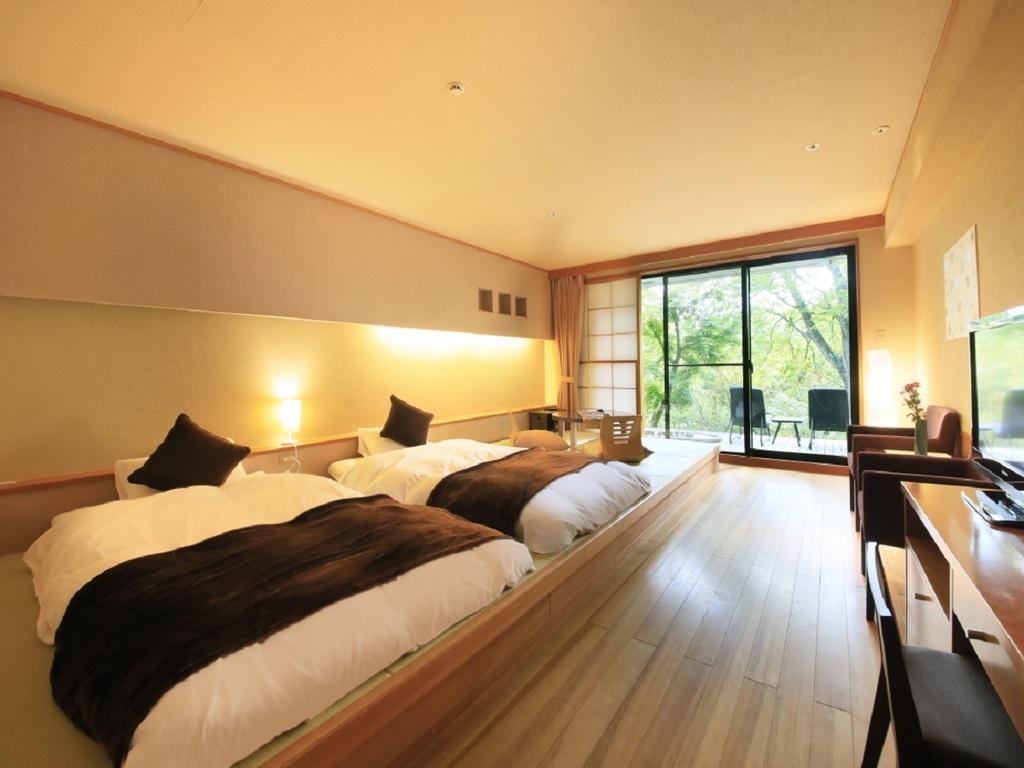 露天風呂付和室一例。プライベートな空間を楽しむ