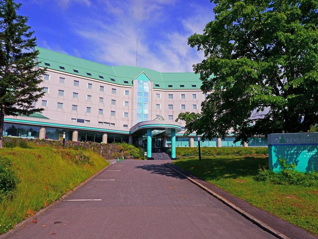 ホテル外観(夏季)