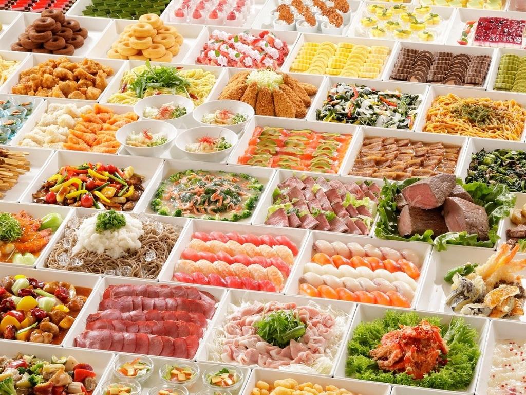 ★夕食★シェフの技が煌くライブキッチンと、旬の味覚を楽しむブッフェスタイル
