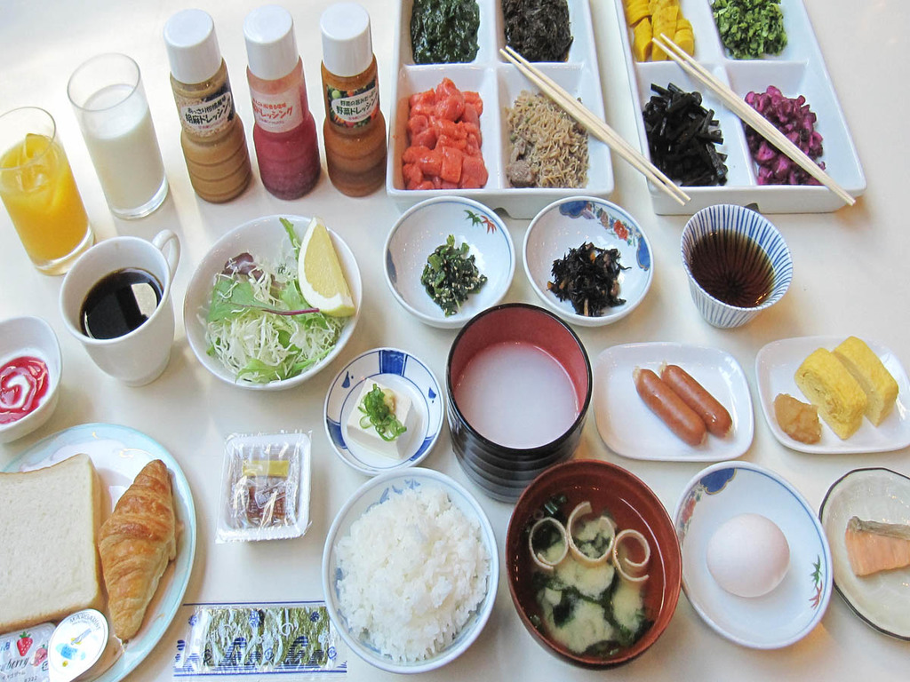 和朝食で一部セルフサービス