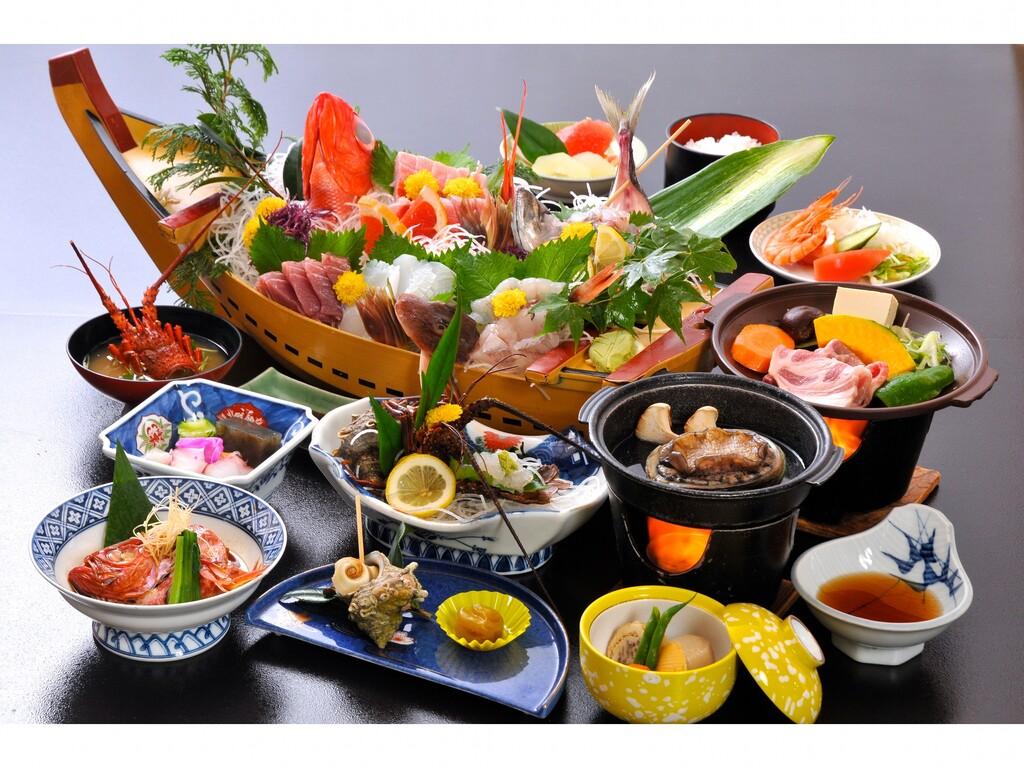 海の幸プランご夕食一例(舟盛4名盛)