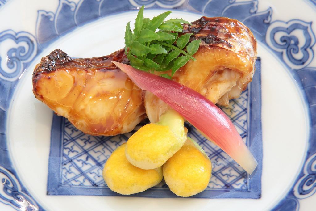 鱸の芽焼き(焼物一例)