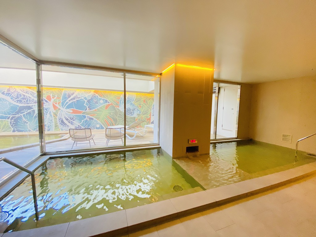 Hot spring(Outside)