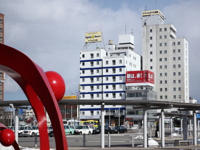 函館駅から見たホテル