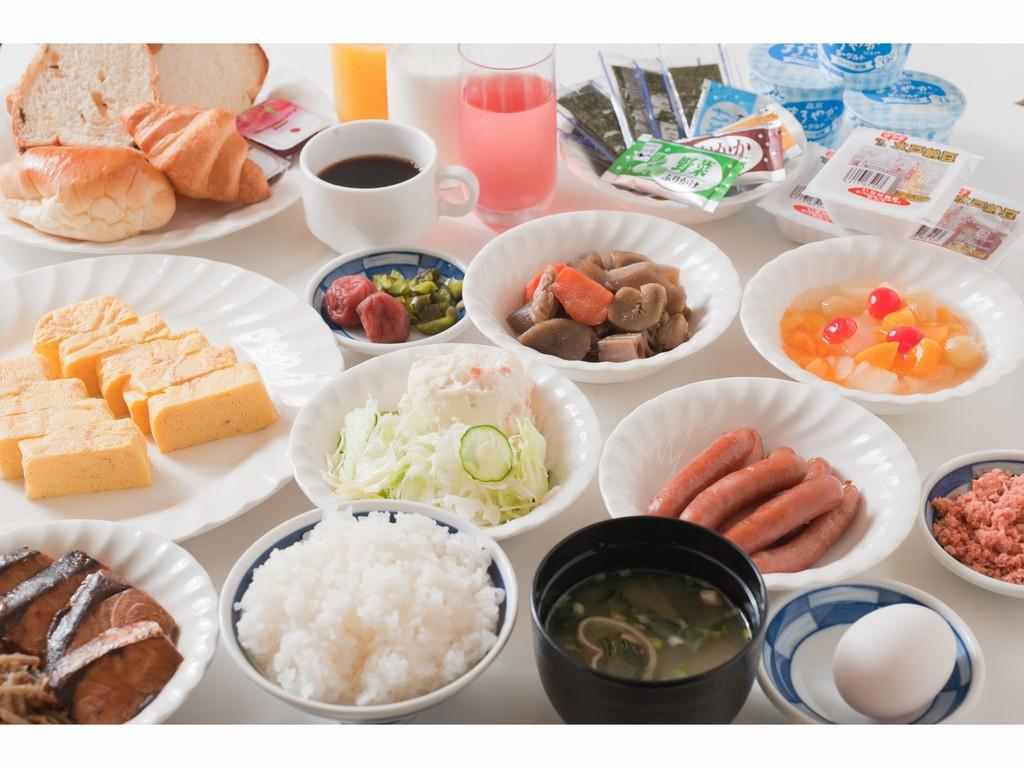 和洋食バイキング形式の朝食