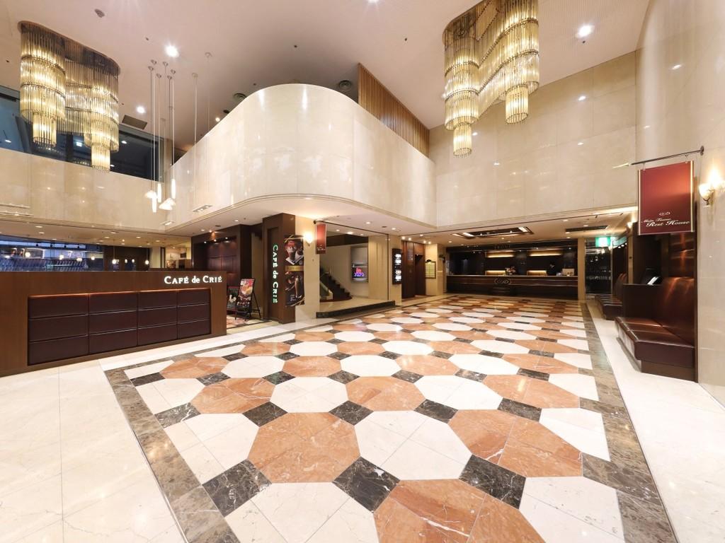 新横浜国際ホテル1階ロビー