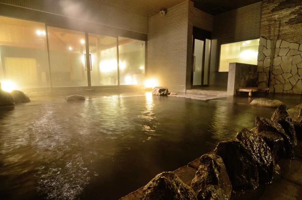 大浴場は夜通し営業なので遅い到着でも入れます♪