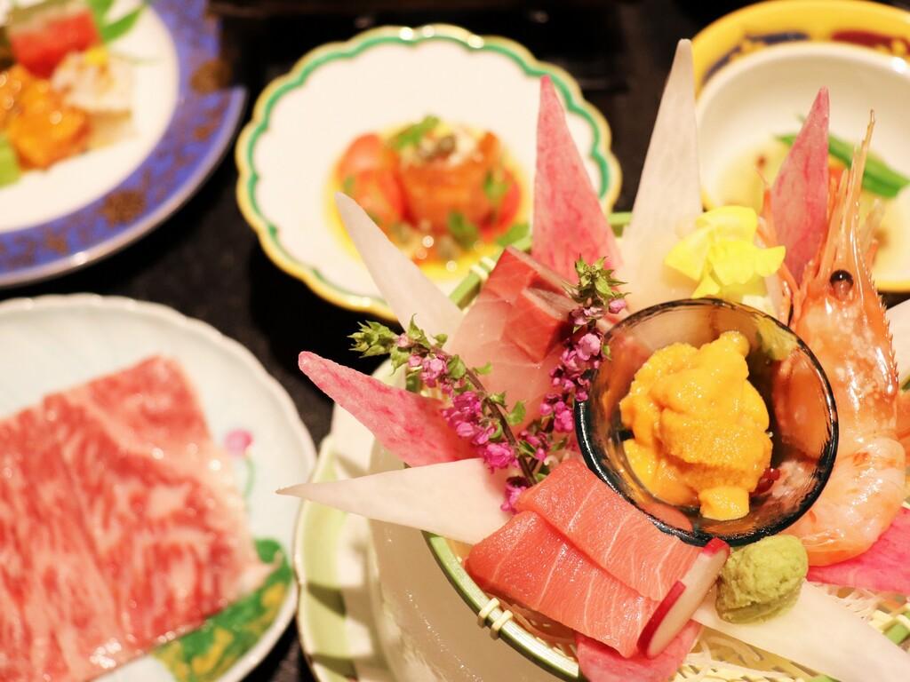 【饗宴の膳・夏】贅を尽くしたお食事を