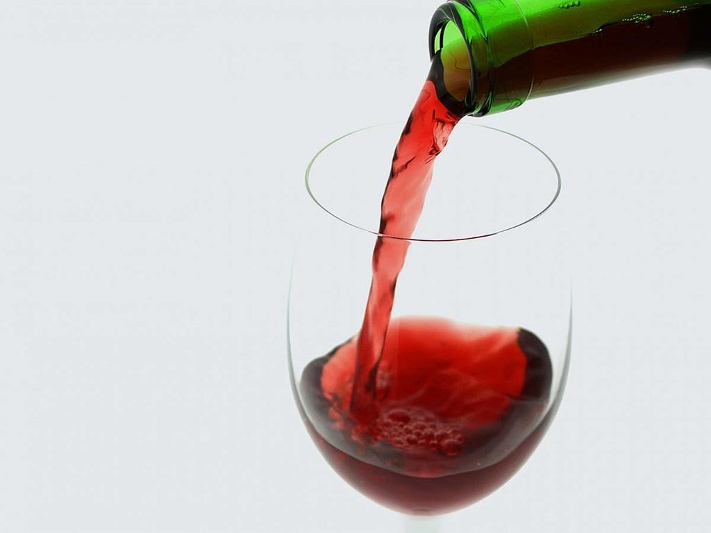 【赤ワイン】当ホテル厳選の赤ワインで優雅なひとときを(イメージ)