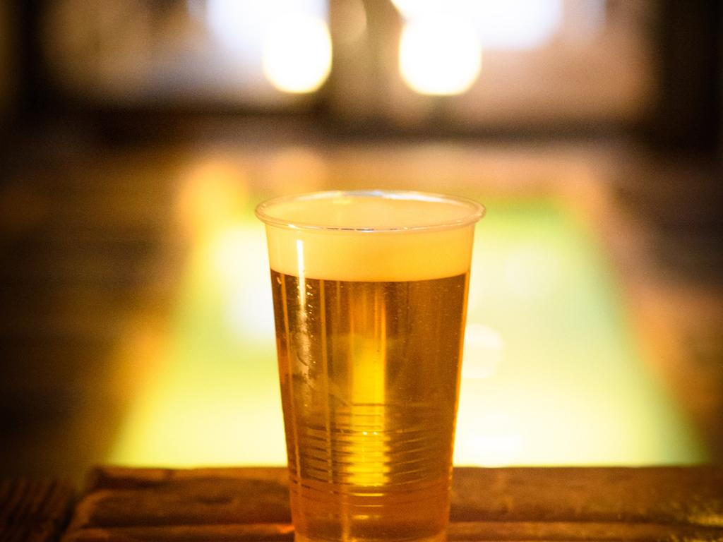 【足湯cafe】足湯ビールは絶品!