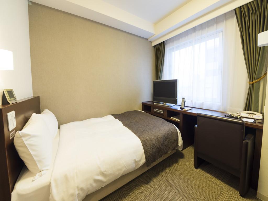 ■セミダブルルーム 15平米 ベッドサイズ1200×1950