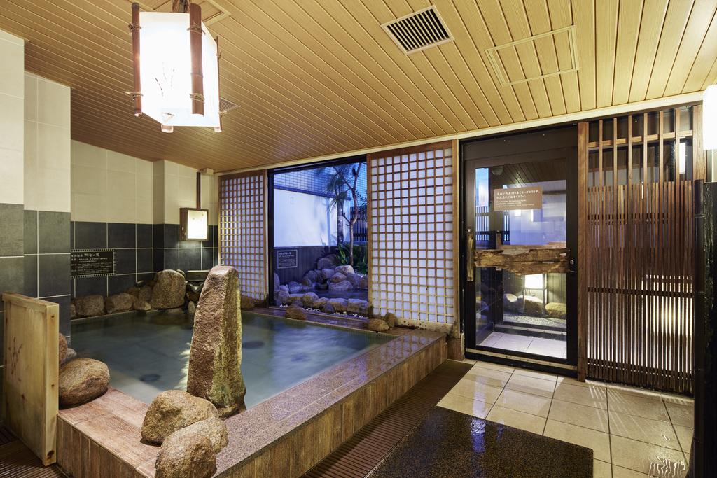 ◆男性大浴場内湯 塩化物泉の天然温泉は疲労回復をお手伝い♪