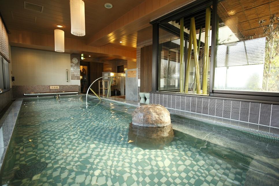 ◆男子大浴場 内風呂◆ 湯温41℃~42℃